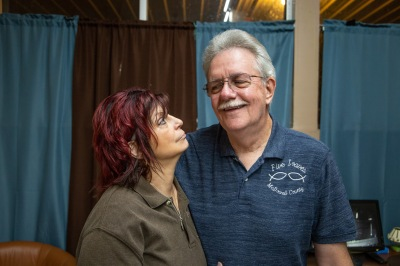 Bob and Linda were a joy to photograph. They were warm, friendly, charismatic, and silly, and it was so fun to try to capture their relationship.