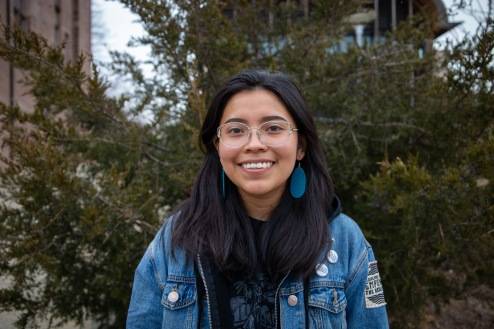 Meet Mikki Metteba. She grew up in Navajo Nation in an area called Deer Springs, but we met her at Yale University. Mikki is a first year student at Yale studying political science as well as women, gender & sexuality studies.