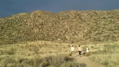 Michaela and our host in Albuquerque, Jeannie Elmhorst, hike along the foothills of the Sandia mountains.